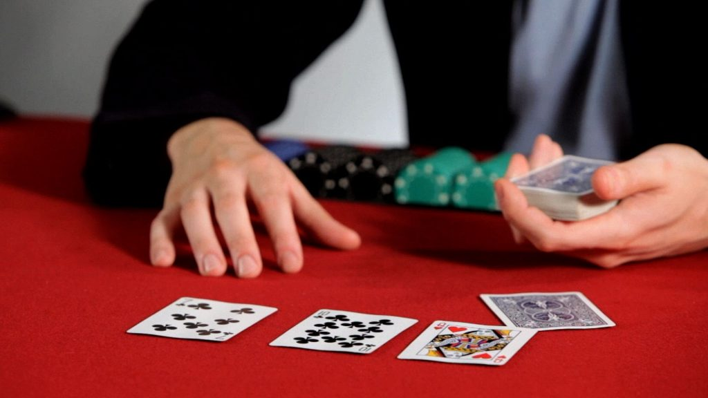 QQ Poker Domino