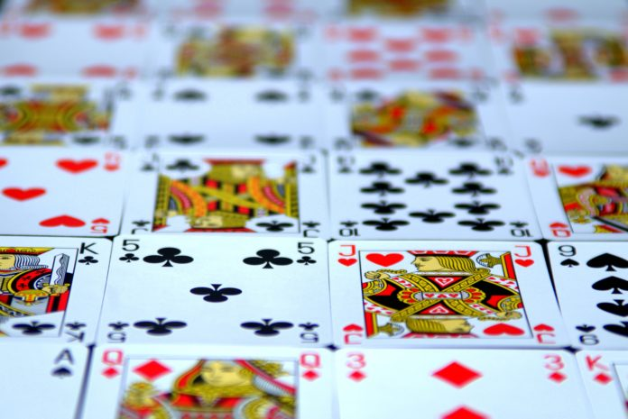 Online Gambling Website - An Ideal Option To Play Online Games